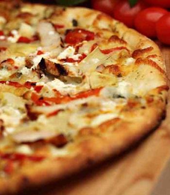 Cinco de Mayo: Mexican Chicken Pizza