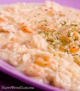 Creamy Shrimp and Artichoke Casserole | Happy Wives Club